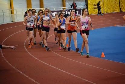 Sarah Lacroix (dossard 11) en février dernier lors des championnats de France en salle à Reims